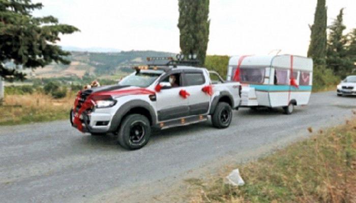 Virüse karşı karavan gelin arabası