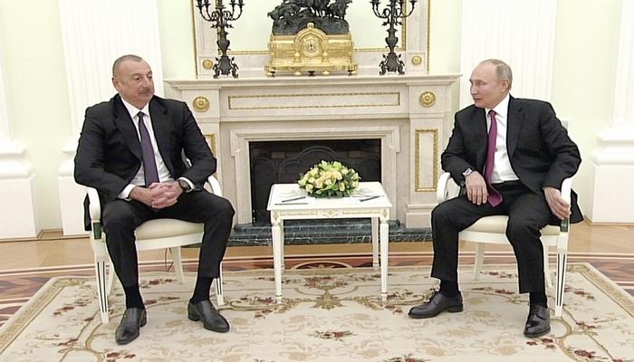 Vladimir Putin: Bu gün Rusiya ilə Azərbaycan arasında münasibətlər çox uğurla inkişaf edir