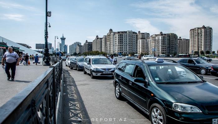 Xüsusi karantin rejimi dövründə taksilərin fəaliyyətinə icazə veriləcəkmi?