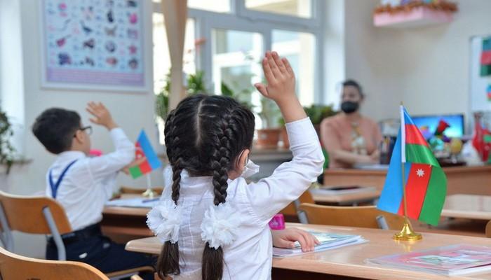 """""""Yoluxma hallarına qarşı təhsil müəssisələrində fərqli strategiyalar müəyyən edilməlidir"""""""