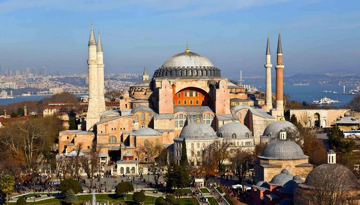 ЮНЕСКО призвала Турцию не менять статус собора Айя-София