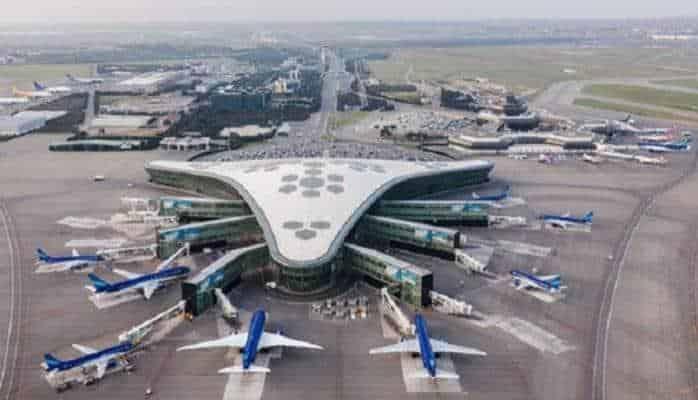 """Bakı aeroportu """"quş uçuşu"""" yüksəkliyindən"""