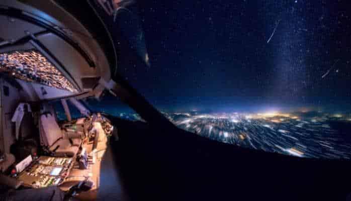 Boeing 747 pilotunun kabinəsindən görüntülər