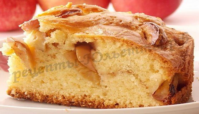 Яблочный пирог Восторг: простой и быстрый рецепт