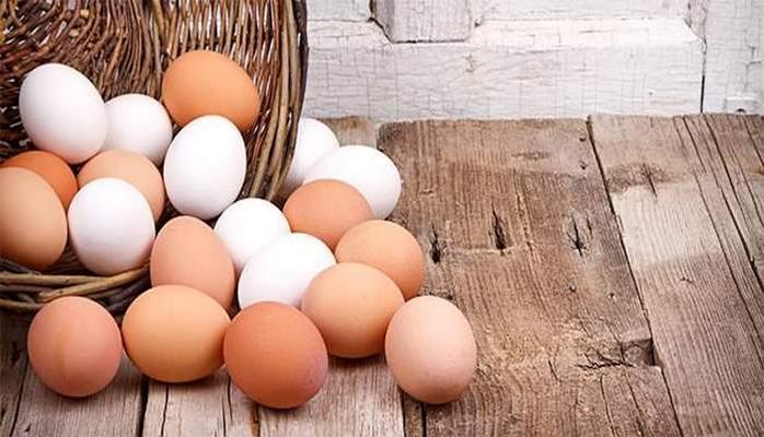Nəyə görə aprel ayında saxta və keyfiyyətsiz yumurtalar çoxalır Ekspertdən xəbərdarlıq