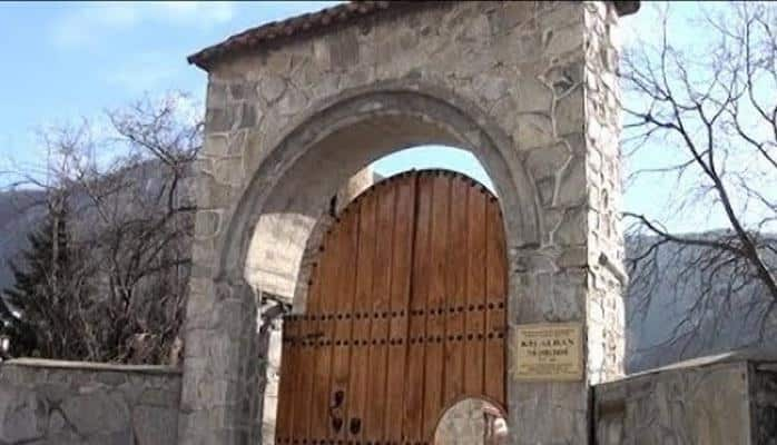 Qədim Kiş kəndinin yolları yenidən qurulur